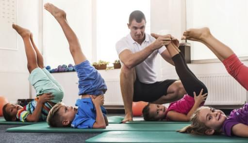 Crianças a praticarem Fit Kids | Aula de Grupo | Holmes Place