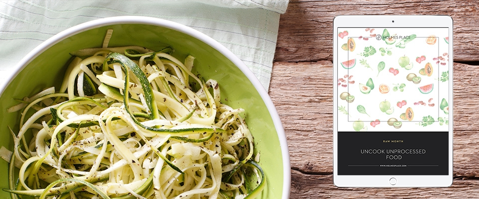 zucchini spaghetti bowl recipe guide | Holmes Place