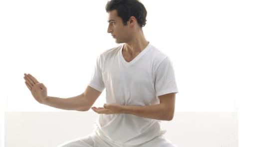 Rapaz a praticar Jiu-Jitsu | Aula | Holmes Place