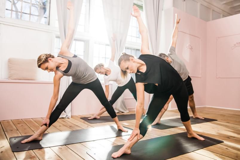 core-yoga-mit-claire