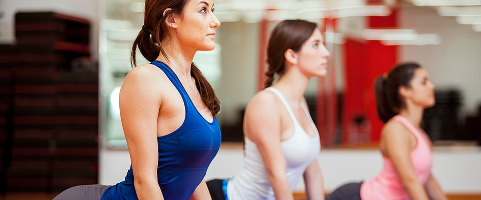 Mulheres a fazerem Pilates | Dores nas Costas | Holmes Place