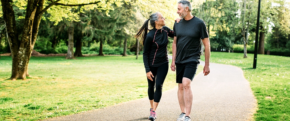 Middle age couple exercising | Holmes Place