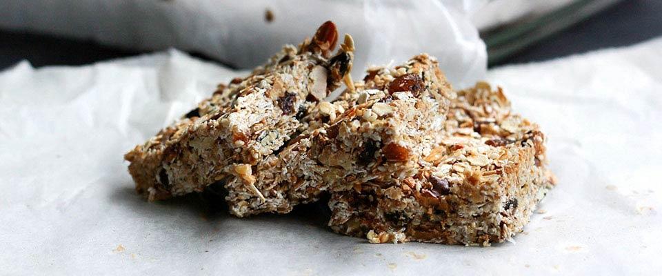 Recipes DIY Granola Bar | Holmes Place