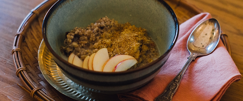 Oatmeal with Dates, Chia, and Apple breakfast recipe detox Ayurvedic cleanse week