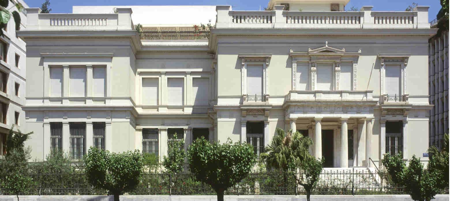 Holmes Place | Τα Holmes Place εγκαινιάζουν τη συνεργασία τους με το μουσείο Μπενάκη