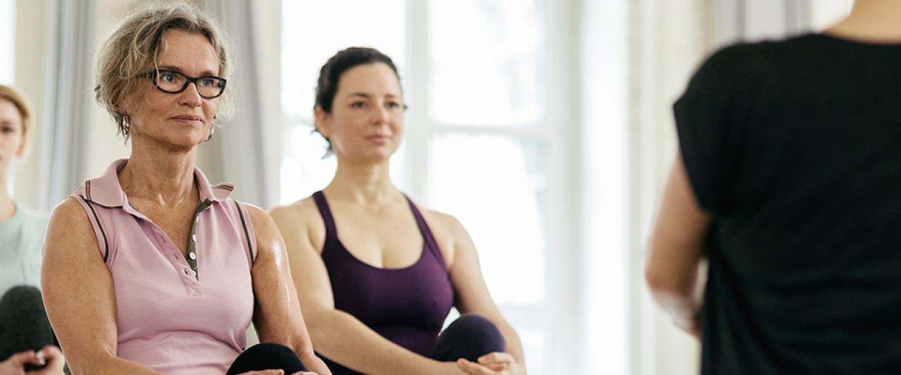 Senhoras a praticarem exercício físico na menopausa | Holmes Place
