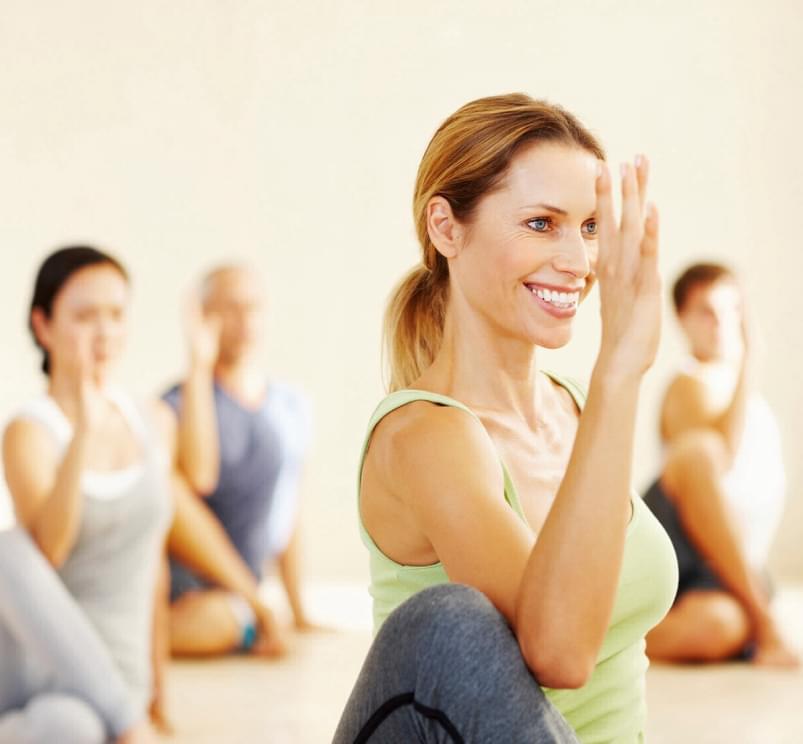 Clase de Yoga | Holmes Place Aragonia