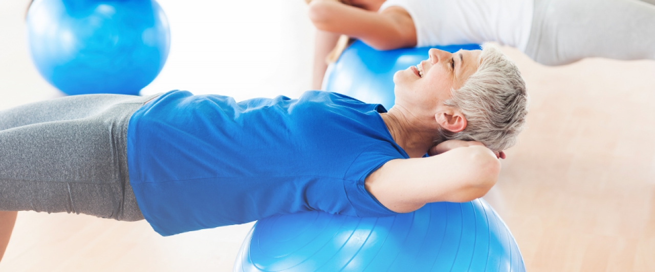 Pilates para diminuir dores na coluna | Holmes Place