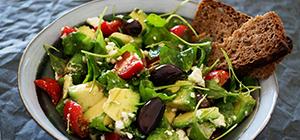 salada   receitas detox no pós férias   holmes place