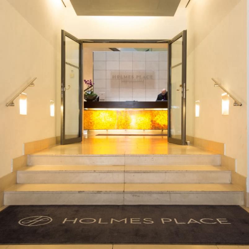 holmes place club börseplatz entrance reception view