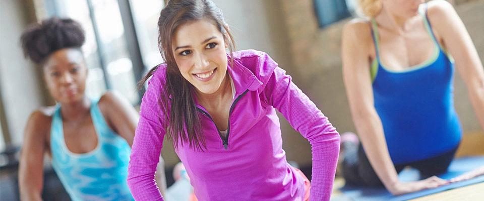 Mulheres a fazerem Pilates | Hérnias Discais | Fisioterapia | Holmes Place