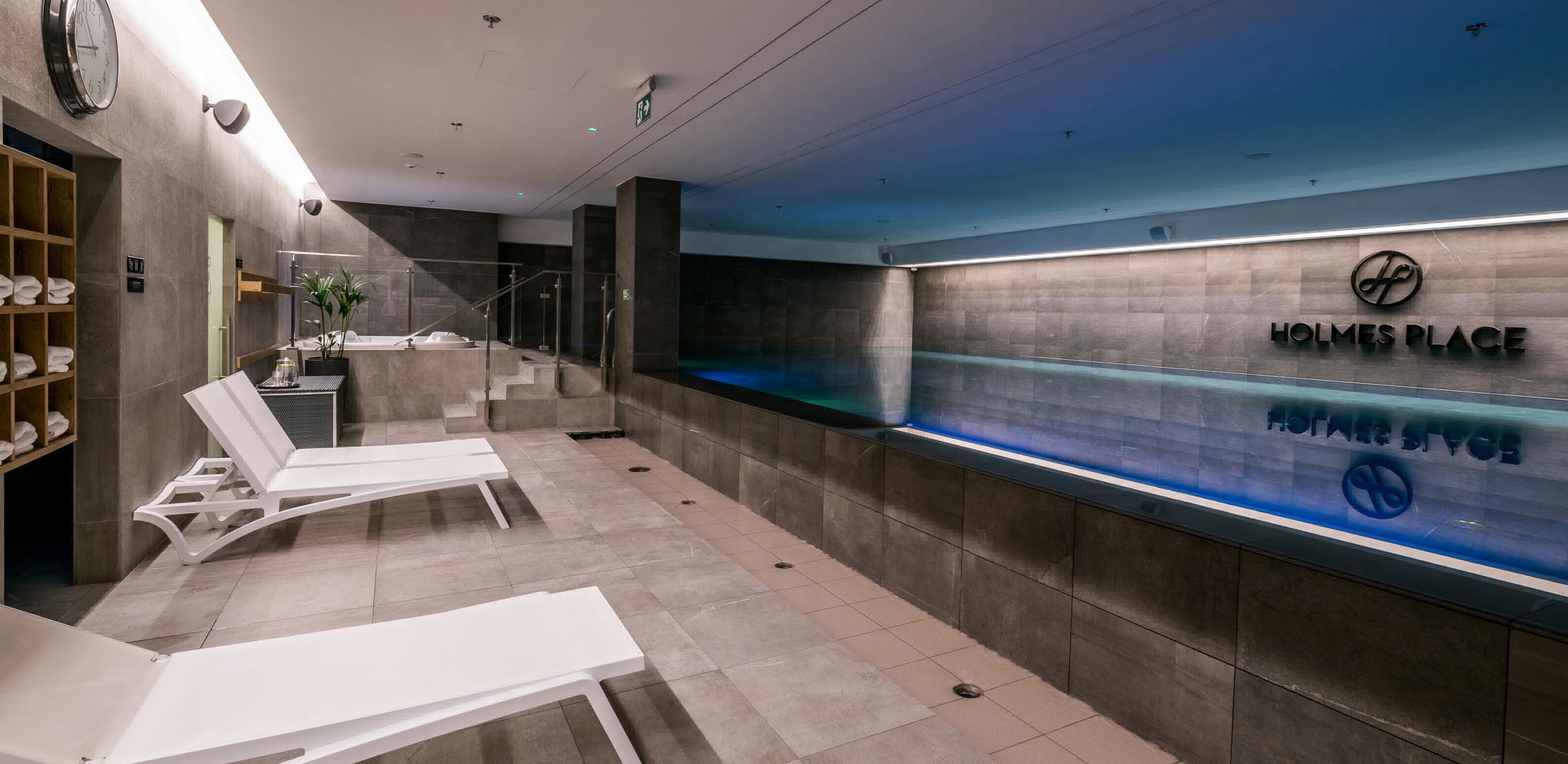 Holmes Place Poland | Premium OVO Wrocław | Pool