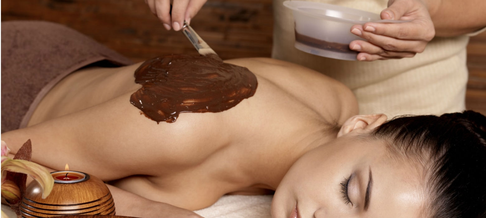 Holmes Place | Raw cocoa, coconut & mocha therapy at Holmes Place Spa