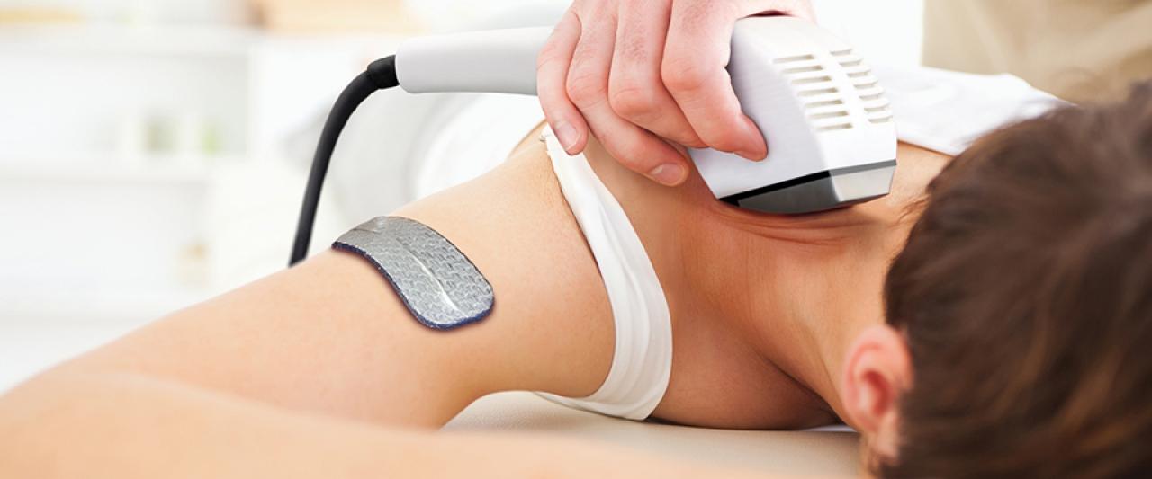 Tratamento de fisioterapia para prevenir lesões   Holmes Place